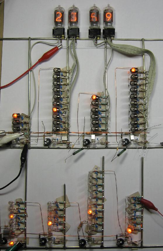 Nixie-clock using neon lamps as logic
