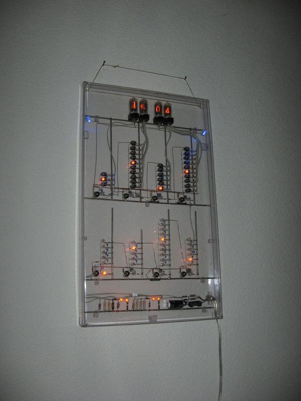 Nixie-clock using neon lamps as logicwww.pa3fwm.nl